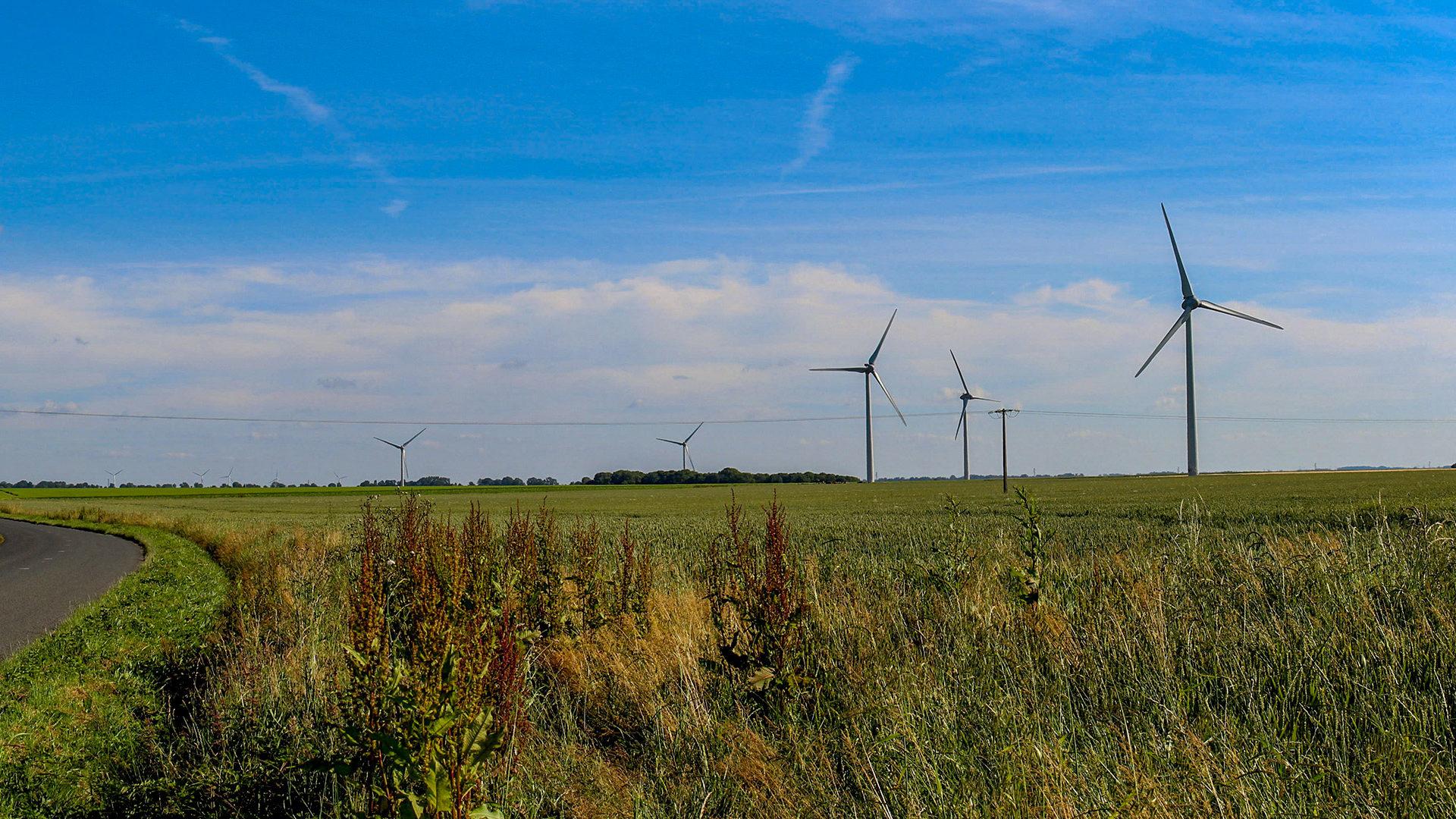 Photomontage du projet éolien de Longueil et Saint Denis d'Aclon